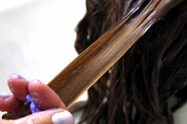 oleo de amendoas para os cabelos